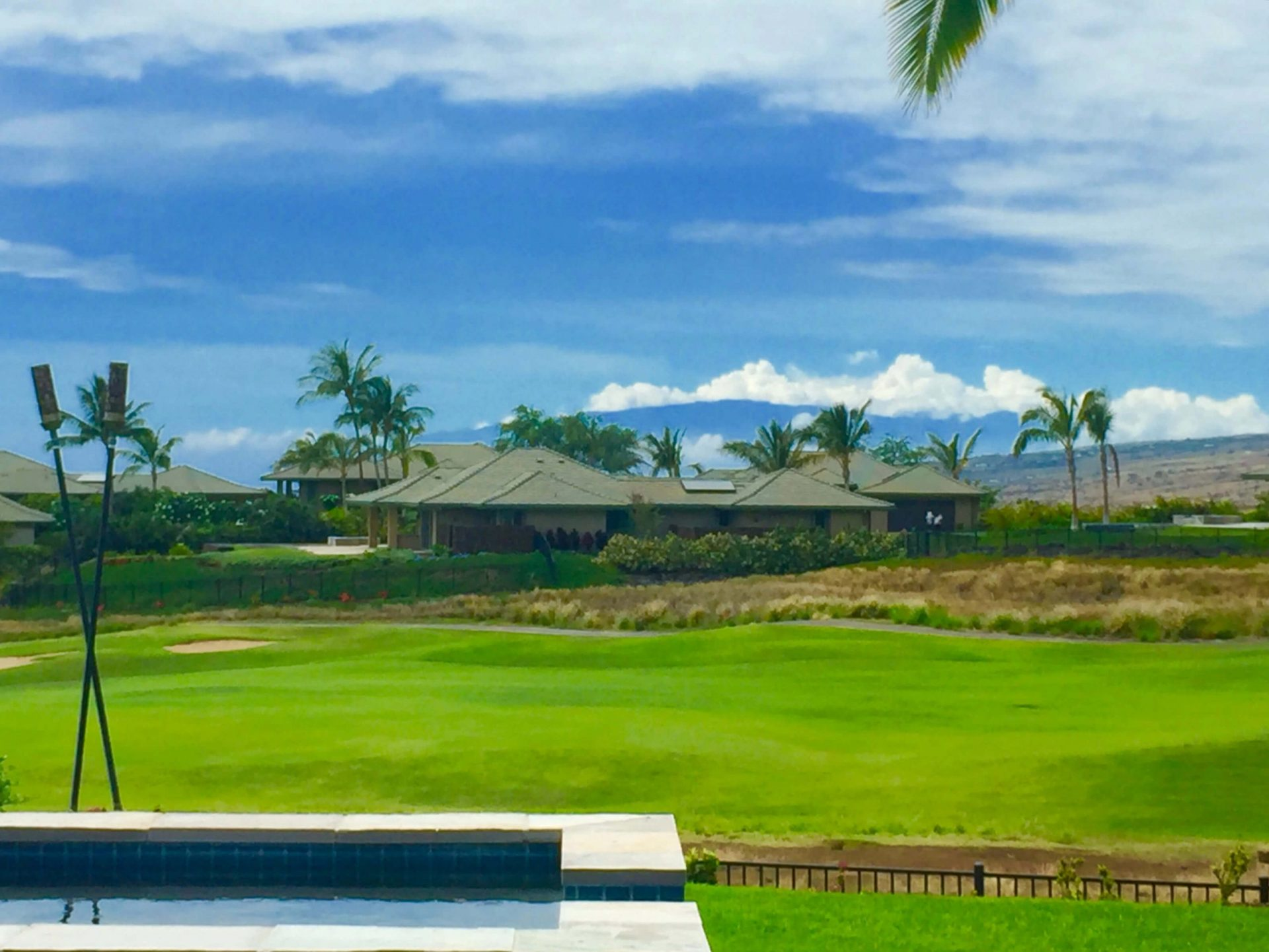 Hawai'i Island 2x Monthly Real Estate Report May 1st, 2017